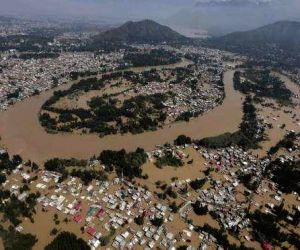 PM announces Rs 500 crore assistance to flood-hit Kerala