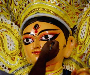 Preparations for Durga Puja in full swing in the national capital