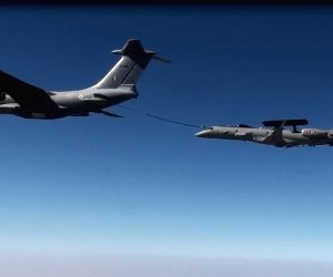 Embraer aircraft carries out mid-air refuelling