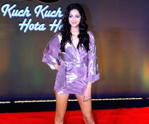 LFW 2019: Ananya Panday turns showstopper for the 'Blockbuster Bride' collection