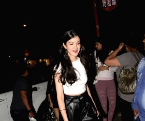 Taapsee Pannu, Ananya Pandey seen at Bandra