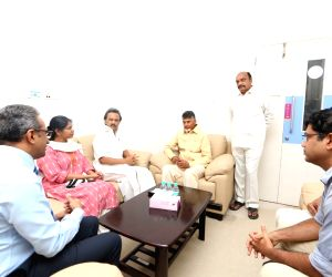 Chandrababu Naidu visits Kauvery Hospital to meet Karunanidhi