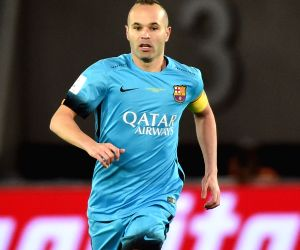 Iniesta signs for J-League's Vissel Kobe