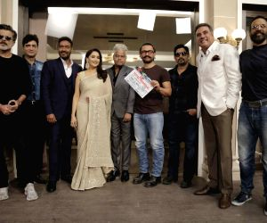 Anil Kapoor, Indra Kumar, Ajay Devgn, madhuri Dixit Nene, Sanjay Mishra, Aamir Khan, Arshad Warsi, Boman Irani and Javed Jaffery