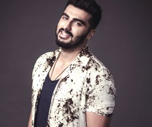 Saif is the best dressed man in Bollywood: Arjun Kapoor
