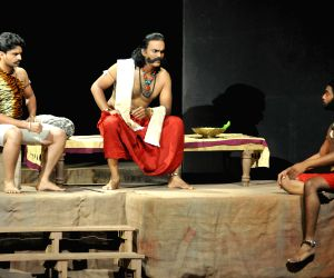 "Drama of ""Vandanondu Kaladalli"""