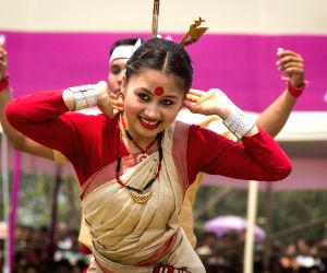 Bohag Bihu (Rongali Bihu): Get a Glimpse of how Assam celebrates this Harvest Festival