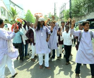 Street play regarding ban on liquor