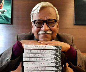 Free Photo: Rajiv Gandhi brought a paradigm shift in India: Book