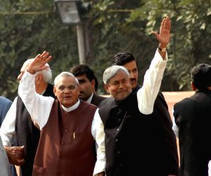 Nitish mourns Vajpayee's death