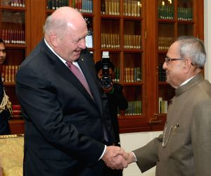 Australian Governor-General calls on President Mukherjee