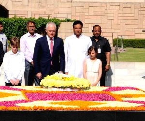 Australian PM pays tribute at Rajghat