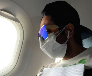 "Free Photo: Ayushmann Khurana heads to Bhopal for ""DoctorG"" shoot"