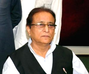 SC junks UP plea challenging bail to Azam Khan, kin in forgery case
