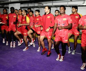 Bangalore : Bangalore Bulls kabaddi team practice with coach Randhir Singh Ahead