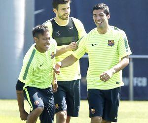 BARCELONA FC TRAINING SESSION