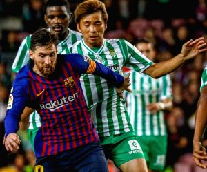 BARCELONA, Nov. 12, 2018 - FC Barcelona's Lionel Messi (Front)  competes during a Spanish league match between FC Barcelona and Real Betis in Barcelona, Spain, on Nov. 11, 2018. FC Barcelona lost 3-4.