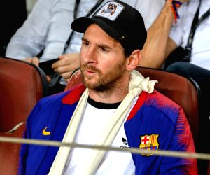 BARCELONA, Oct. 25, 2018 - Lionel Messi of Barcelona is seen on the stand during a group B Champions League match between FC Barcelona and Inter Milan in Barcelona, Spain, on Oct. 24, 2018. Barcelona ...