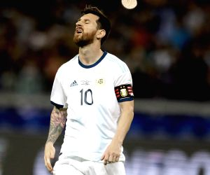 BELO HORIZONTE, June 20, 2019 (Xinhua) -- Lionel Messi of Argentina reacts during the Copa America 2019 soccer match between Argentina and Paraguay at Mineirao Stadium in Belo Horizonte, Brazil, June 19, 2019. (Xinhua/Lucio Tavora/IANS)