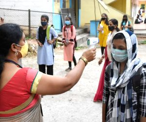 New Covid cases dip to 324 in Karnataka, 890 recovered