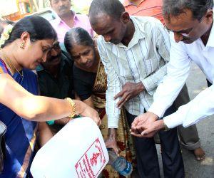 170215) Bengaluru: 40000 liters Gangajal distributed on Mahashivaratri