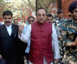 Subramanian Swamy files petition against Jayalalithaa