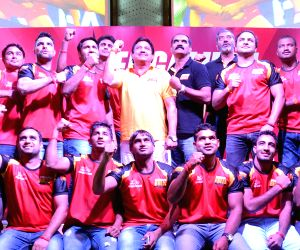 Bengaluru Bulls unveil team