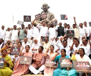 Protests make BJP swear by Kannada over Hindi in Karnataka