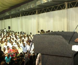 HD Deve Gowda addressing a meeting