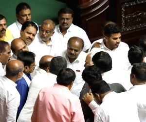 Bengaluru: Karnataka Chief Minister H.D. Kumaraswamy in a conversation with JD-S MLAs in Karnataka Legislative Assembly, in Bengaluru on July 19, 2019. Karnataka Assembly session resumed on July 19 in Bengaluru to continue the debate on the confidenc
