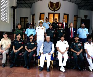 Officers from National Defence College call on Karnataka Governor