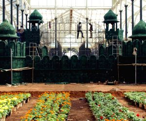 Preparations for Republic Day Flower Show