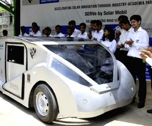 Engineering students unveil their solar solar car
