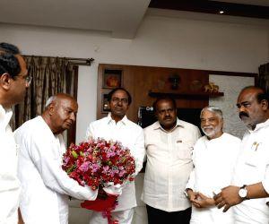 Telangana CM to skip Kumaraswamy's swearing-in