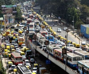 Vice President's convoy stalls traffic at Anand Rao circle flyover
