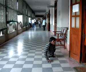 Vidhana Soudha wears a deserted look