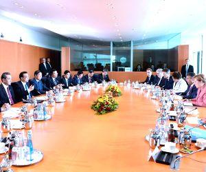 GERMANY CHINA LI KEQIANG MERKEL MEETING