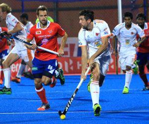 HIL - Kalinga Lancers vs Dabang Mumbai