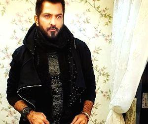 Bigg Boss 14: How Manu Punjabi is quietly manipulating the game