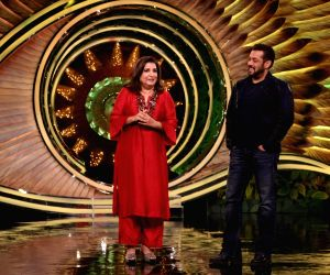 'Bigg Boss 15': Salman tests friendships, Farah cautions Meisha, Ieshaan