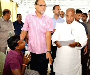Bihar CM Jitan Ram Manjhi meets people during a janta darbar