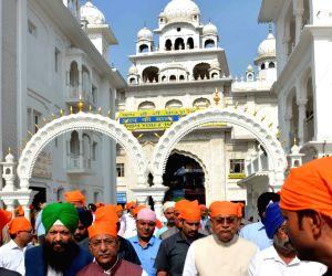 Nitish Kumar visits Patna Sahib