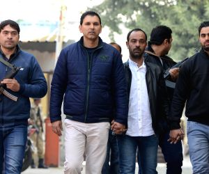 Bilal Ahmed Kawa, suspected to be involved in 2000 Red Fort attack being taken to be produced before a Delhi court on Jan 11, 2018. He was arrested last night.