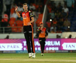 IPL 2018 - Match 7 - Sunrisers Hyderabad Vs Mumbai Indians