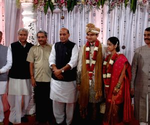 Senior BJP leaders attend wedding of Goa Chief Minister Manohar Parrikar's son