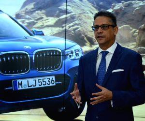 BMW X3 launch