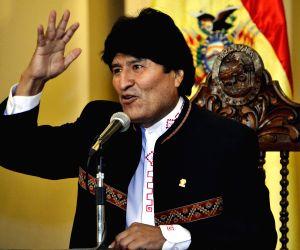 BOLIVIA LA PAZ POLITICS MORALES