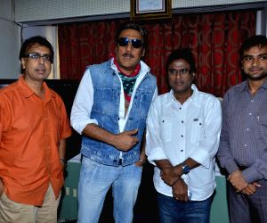 Jackie Shroff promotes film 'Life Is Good'