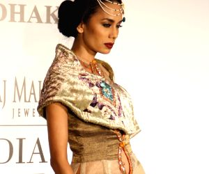 India Couture Week 2014