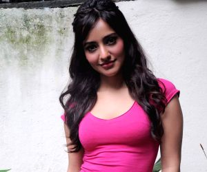 Neha Sharma looks cool in